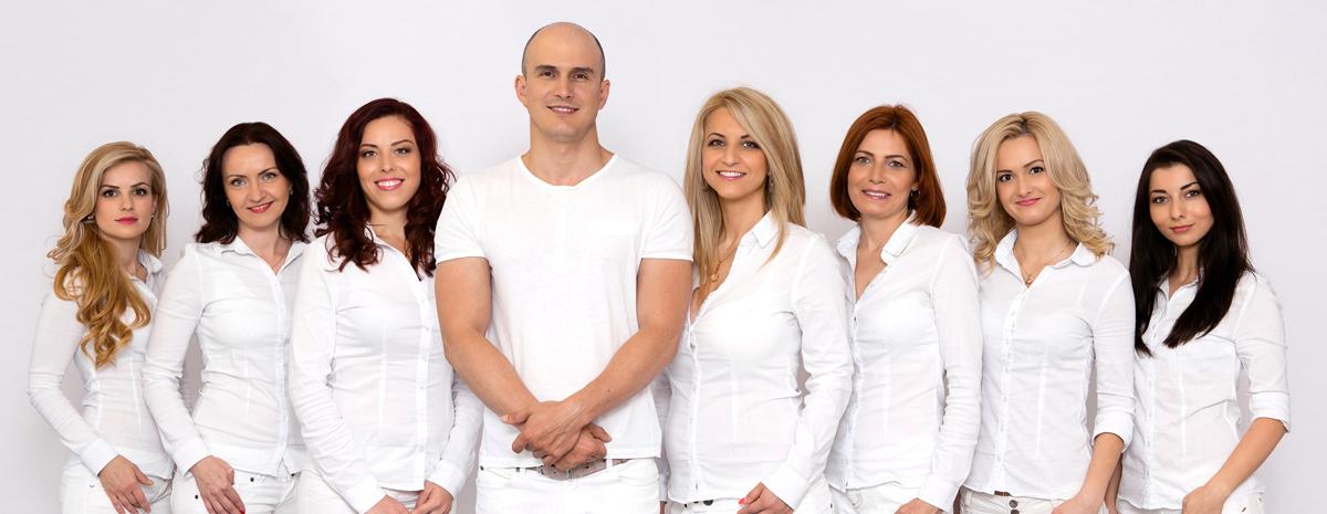 ekip_klinika_krastev_slaider