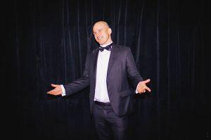 """Д-р Пресиян Кръстев е победител в конкурса """"Усмивка на годината"""" 2016"""